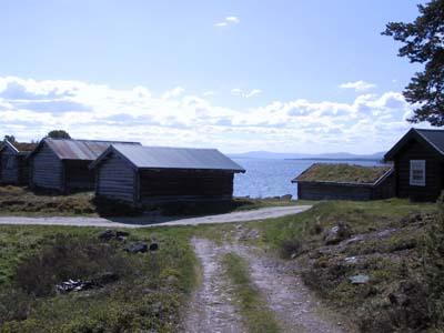 Moderne hytter ved sjøen